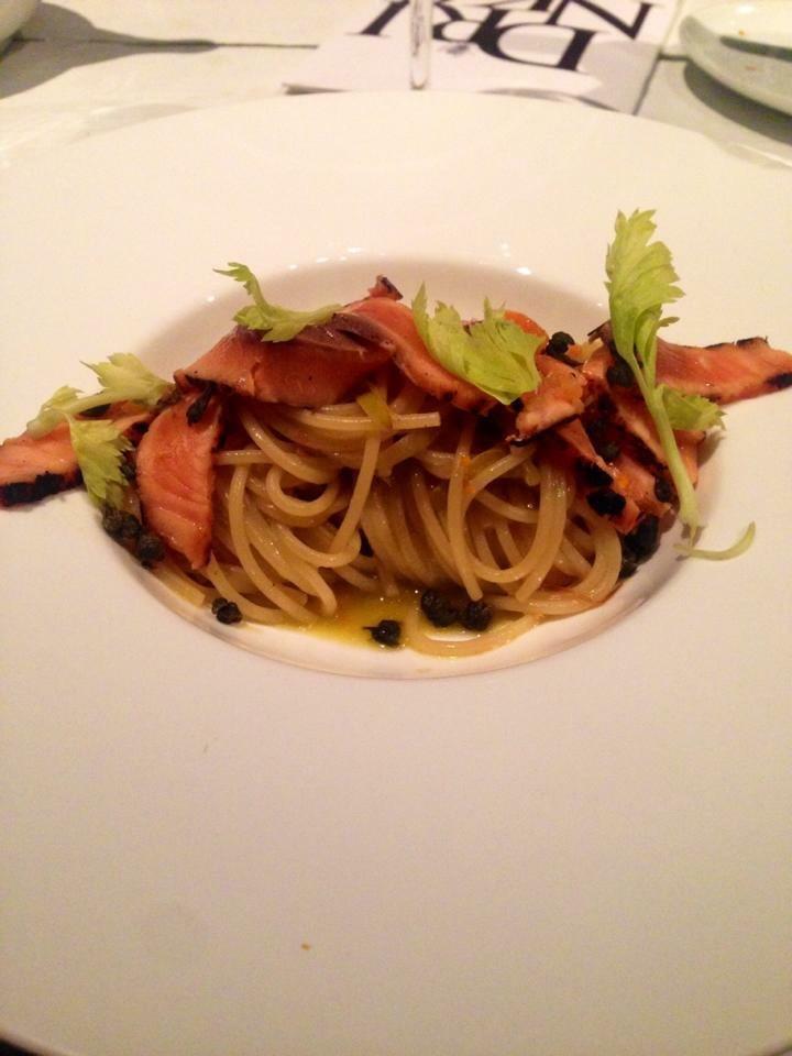 Spaghetto khorasan consalmone, sedano, capperi, pompelmo (spaghetti di kamut)