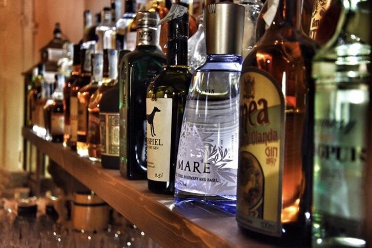 very nice cocktail bar aperitivo bologna